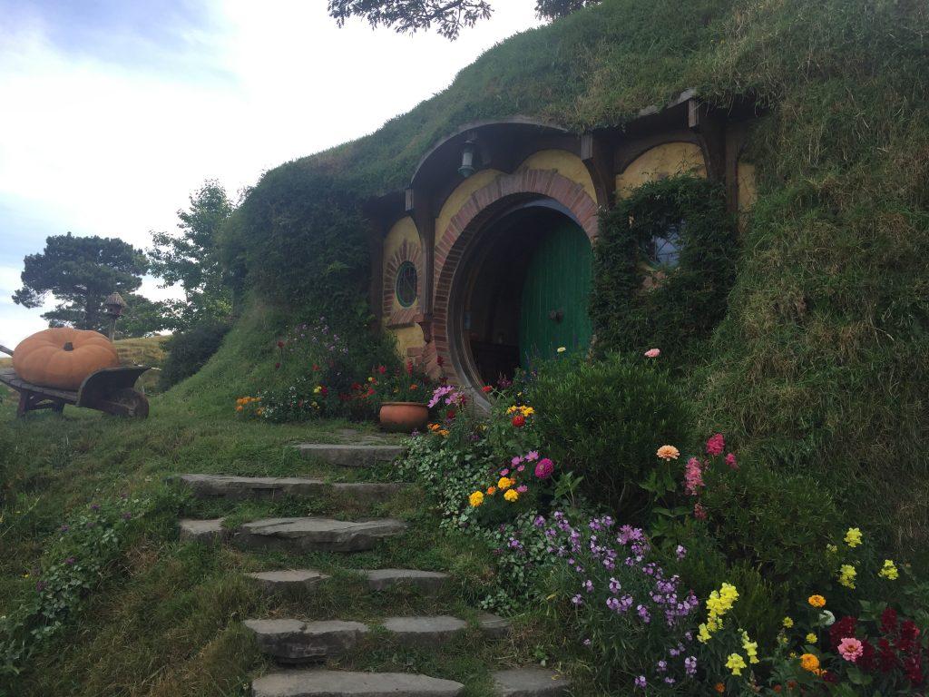 Hobbiton nouvelle-zélande hobbit seigneur des anneaux matamata