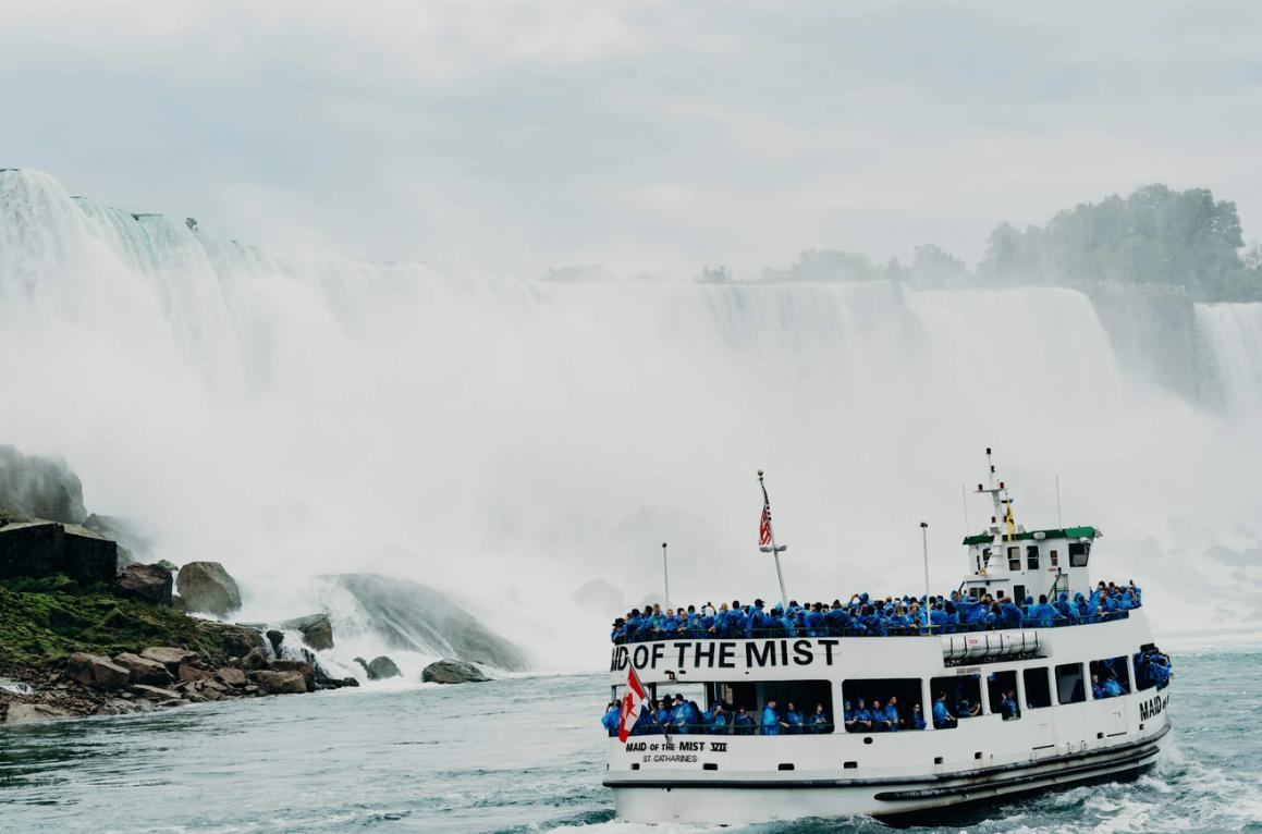 bateau aux chutes du Niagara