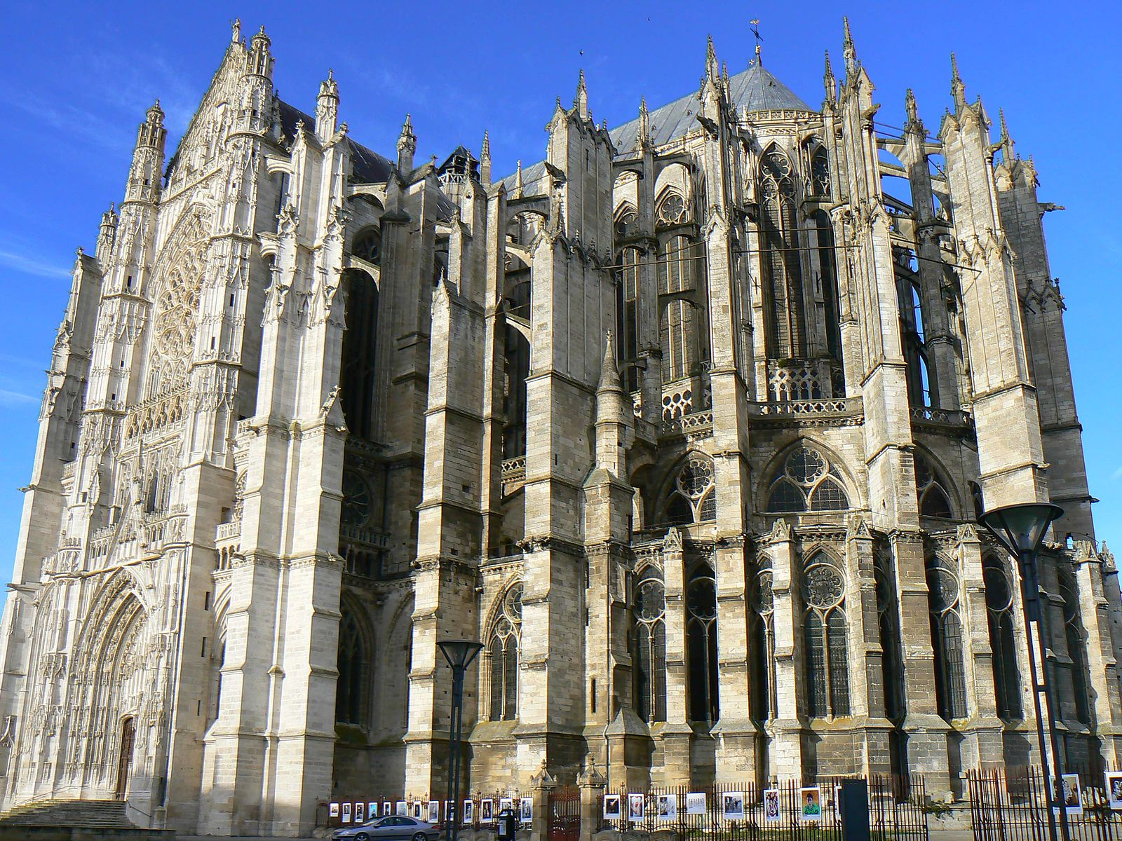 saint pierre de beauvais france cathedrales