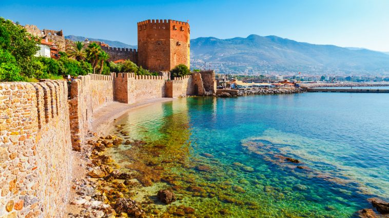 tour Kizil Kule Antalya Turquie